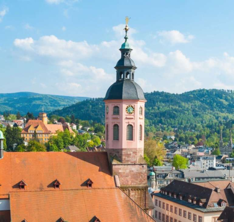Baden-Baden: 4* Radisson Blu Badischer Hof im Doppelzimmer + Frühstück für 79€ pro Nacht