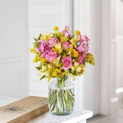Bloom & Wild: Blumenstrauß Anna für 10€ inkl. Versand + Weitere!