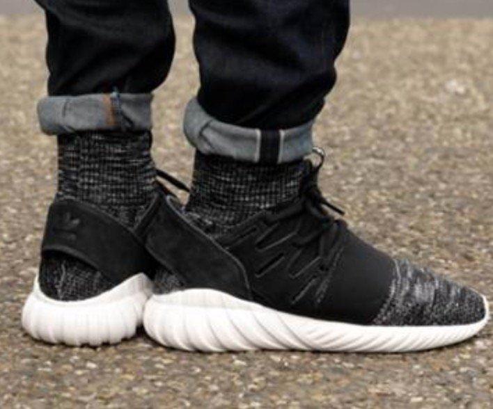 Adidas Originals Tubular Doom Primeknit Sneaker für 35,35€ (statt 55€) - Größe 43 1/3 bis 47 1/3!