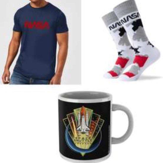 NASA Bundle bestehend aus T-Shirt, Tasse und Socken für 17,99€ inkl. Versand (statt 22€)