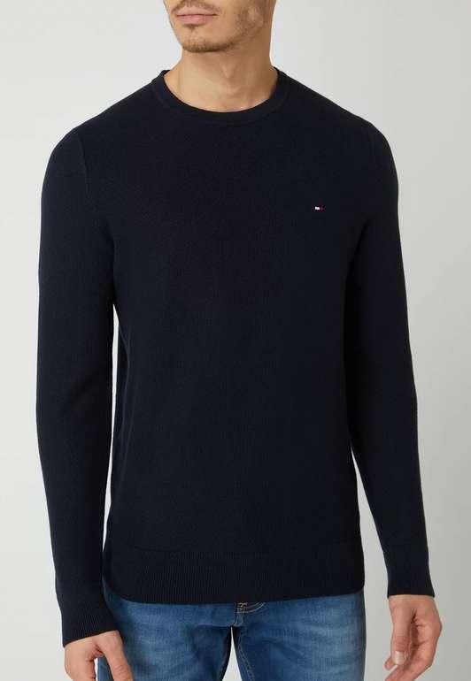 Tommy Hilfiger Pullover aus Bio-Baumwolle in Marineblau oder Schwarz für 47,99€ inkl. Versand (statt 70€)
