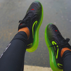 Nike Air Max 720 Sneaker in black/volt/bright crimson für 87,92€ inkl. VSK (statt 104€)