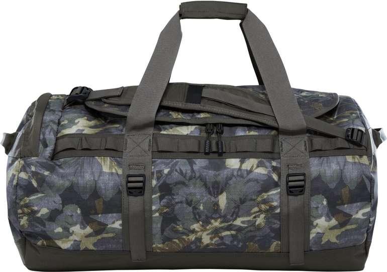 The North Face Base Camp Duffel Bag M Reisetasche (69 Liter / Camo) für 67,43€