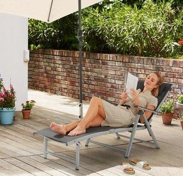 FLORABEST Liegestuhl aus Aluminium mit Armlehne für 64,89€