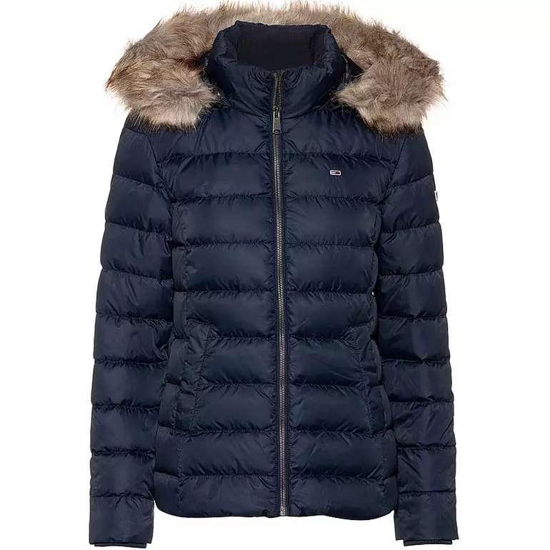 Peek & Cloppenburg*: 20% auf Jacken und Mäntel, z.B. Tommy Jeans Daunenjacke für 119,99€