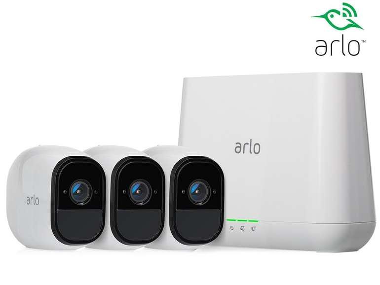 Arlo VMS4330 Pro Smart Sicherheitssystem mit 3 Kameras und 2-Wege-Audio-System für 399€ (statt 530€)