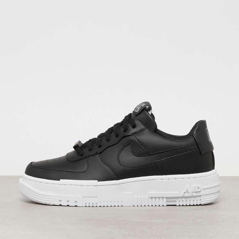 Nike Air Force 1 Pixel Sneaker in Schwarz für 87,99€ inkl. Versand (statt 110€)