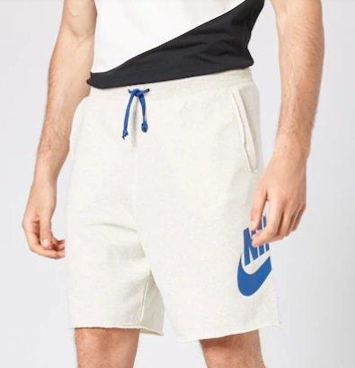 Nike Sportswear Shorts für 18,62€ inkl. Versand - Größe S & M (statt 36€)