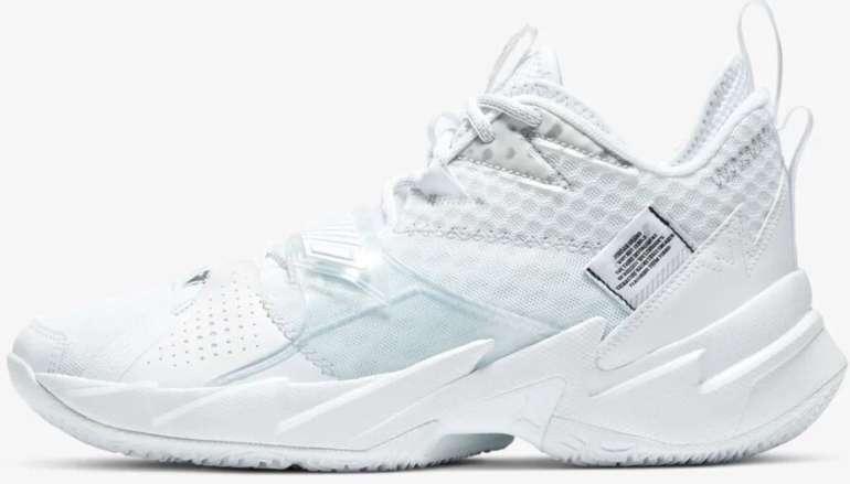 """Nike Spring Aktion: 25% auf reguläre Ware + VSKfrei - z.B. Nike Air Jordan """"Why Not?"""" Zer0.3 für 105€"""