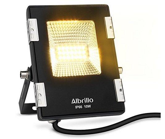 Albrillo LED Fluter mit 10W in Warmweiß (IP66, 800Lumen) für 5,99€ mit Prime