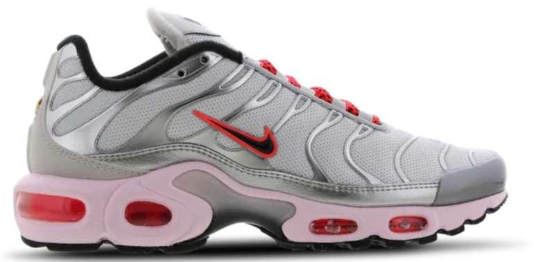 """Nike Air Max Plus Damen Sneaker im """"Silver/Crimson Pink""""-Colourway für 49,99€ inkl. Versand (statt 80€)"""