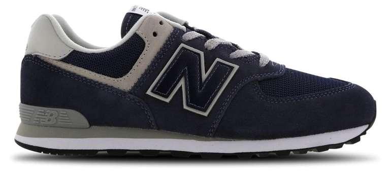New Balance 574 Unisex Sneaker in navy für 35,99€ inkl. Versand (oder in grey für 39,99€)