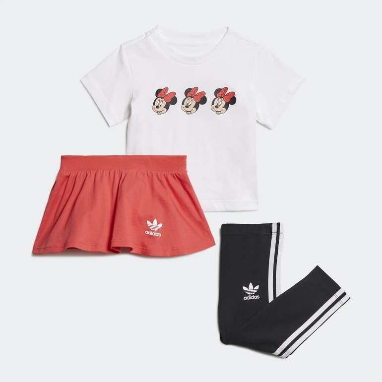 Adidas Disney Mickey and Friends Rock- & T-Shirt Set für 31,50€ inkl. Versand (statt 37€)