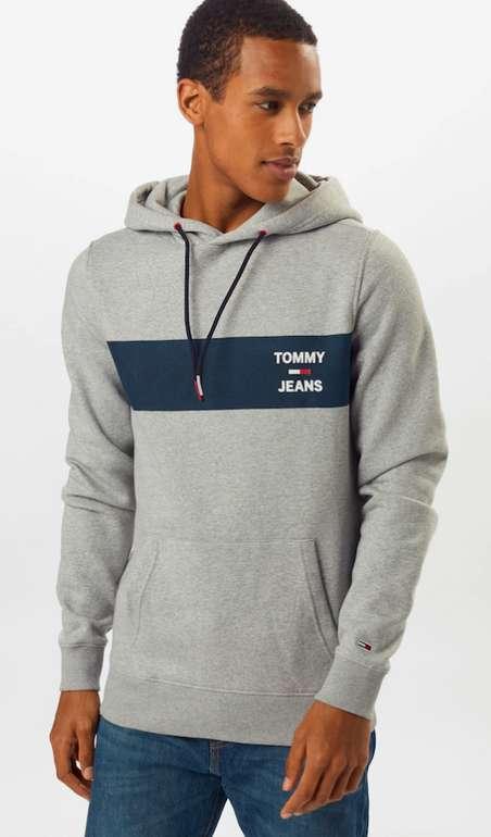 Tommy Jeans Sweatshirt in dunkelblau / hellgrau / rot für 50,92€inkl. Versand (statt 67€)