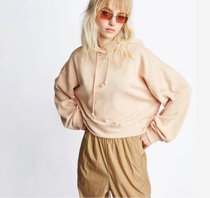 Adidas Originals Over The Head Damen Hoodie in Beige für 31,99€ inkl. Versand (statt 40€)