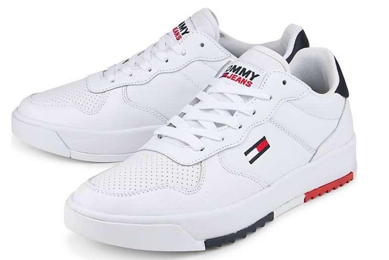 Tommy Jeans Basket Leather Herren Sneaker in Weiß für 63,94€ inkl. Versand (statt 98€)