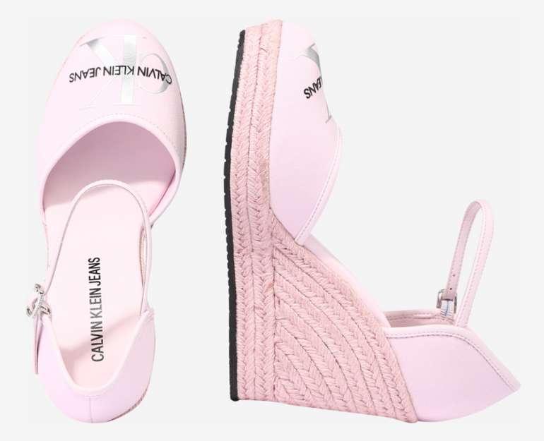 Calvin Klein Damen Sandale in Rosa für 37,45€ inkl. Versand (statt 75€)