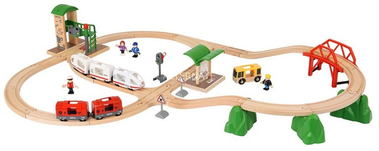 BRIO Holz-Spielzeugbahn World Travel City Set