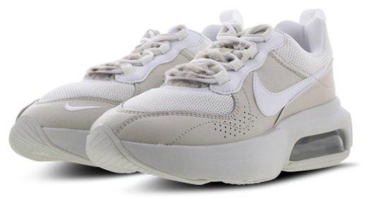 Nike Air Max Verona Damensneaker in Beige für 59,99€ inkl. Versand (statt 76€)