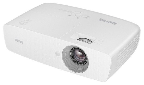 BenQ TH683 Beamer mit Full HD, 3D, 3.200 Lumen, 10.000:1 Kontrast für 442,20€