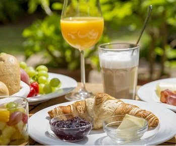 3 Tage im 4* Hotel Maasberg Therme im Nahetal + Brunch & Dinner ab 139€ p.P.