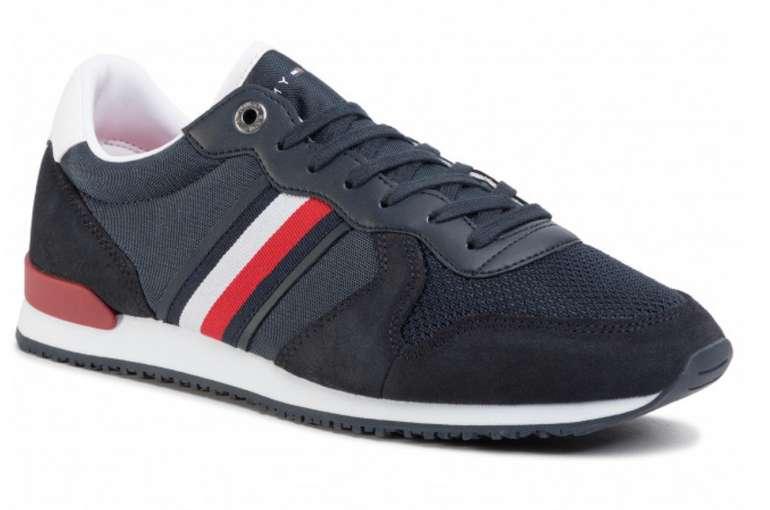 Tommy Hilfiger Iconic Material Mix Runner FM0FM02667 Desert Sky DW5 Herren Sneakers für 50,15€ inkl. Versand (statt 59€)