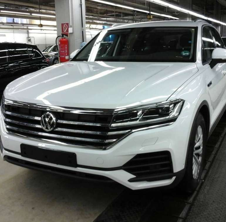 Privat Leasing: VW Touareg Jahreswagen 3.0 TDI (231 PS, Automatik) für 379€ mtl. (LF: 0,51)