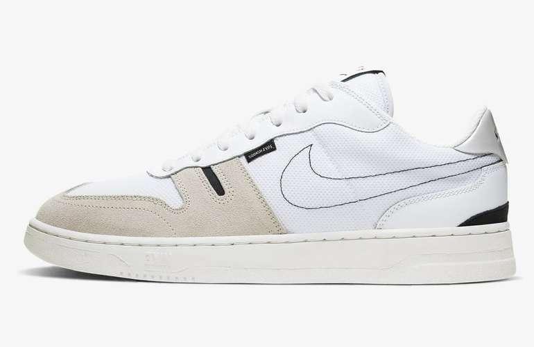 Nike Squash-Type Herren Sneaker für 44,90€ inkl. Versand (statt 58€)