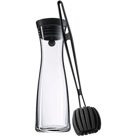 WMF Wasserkaraffe Basic mit Reinigungsbürste für 23€ (statt 34€)