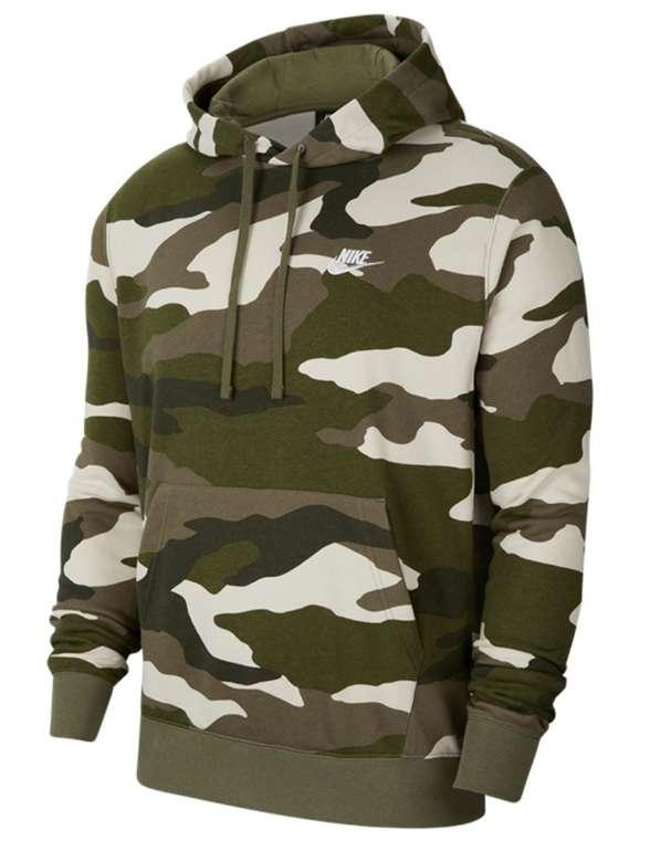 Nike Kapuzenpullover Sportswear Club Camo French Terry für 39,95€ inkl. Versand (statt 46€)