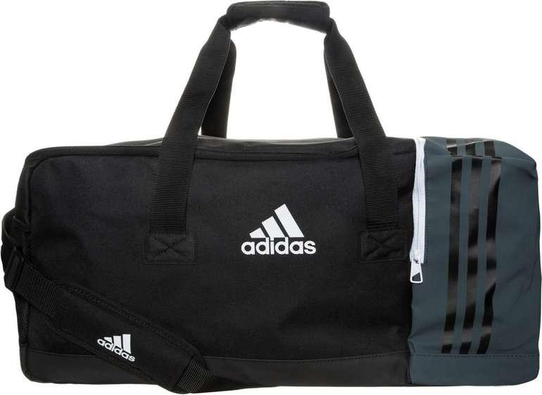 adidas B46126 Tiro Teambag Large mit Schuhfach für 17,99€ inkl. Versand (statt 30€)