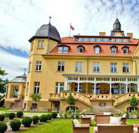 3 Tage Romantik & Luxus im 5* Schlosshotel + Halbpension & SPA ab 219€ p.P.