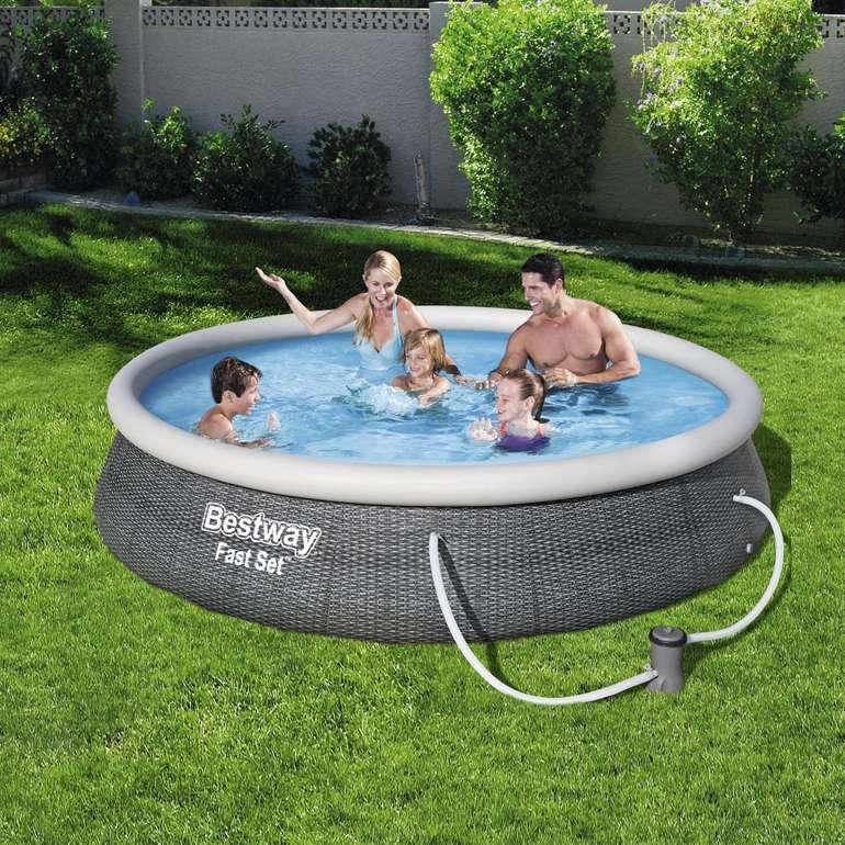 Bestway Fast Set Pool mit 396 x 84cm + Filterpumpe & Kartusche für 93,94€ (statt 123€) - Newsletter!