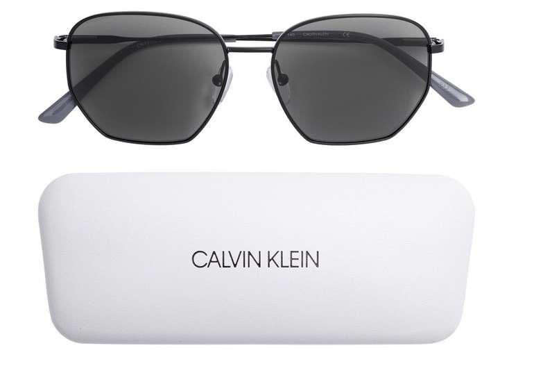 """Calvin Klein Sonnenbrille """"CK19102S-001"""" für 43,94€ inkl. Versand (statt 50€)"""