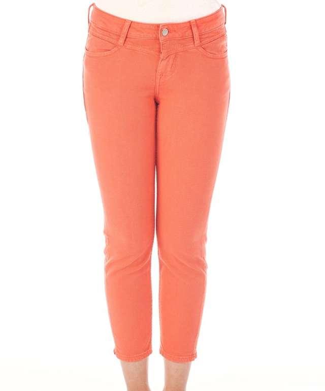Jeans-Direct Slim Fit Sale mit tollen Angeboten - z.B. Mustang Damen 7/8 Jeans Jasmin für 20,78€ (statt 34€)