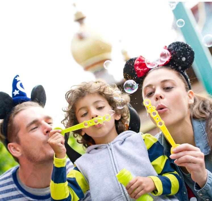 Weihnachtsgeschenk: Disneyland Paris Gutschein inkl. ÜN im 4* Hotel + Frühstück nur 99€ p.P.
