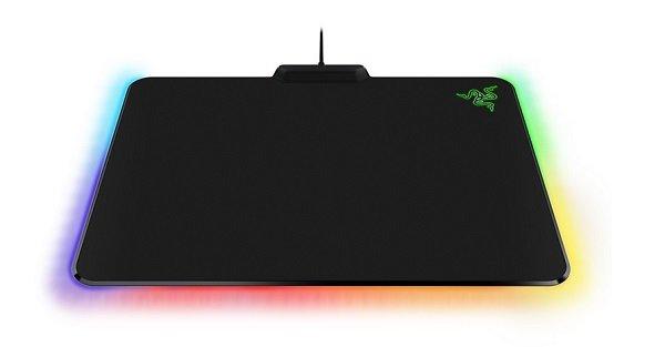 "TOP! Razer Firefly Gaming Mauspad RGB Farben ""Cloth oder Hard"" nur 24,99€"