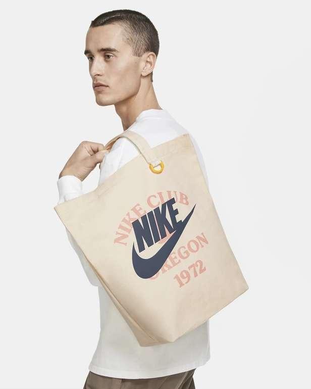 Nike Heritage Tragetasche für 18,74€ inkl. Versand (statt 25€) - Nike Membership