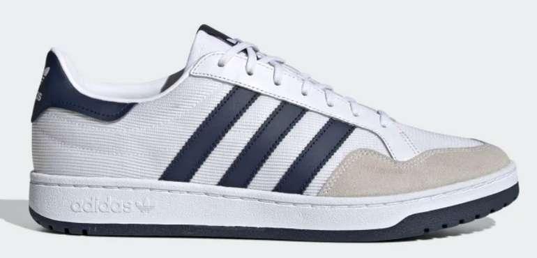 adidas Team Court Unisex Sneaker in dunkelblau/weiß für 39,98€ inkl. Versand (statt 48€)