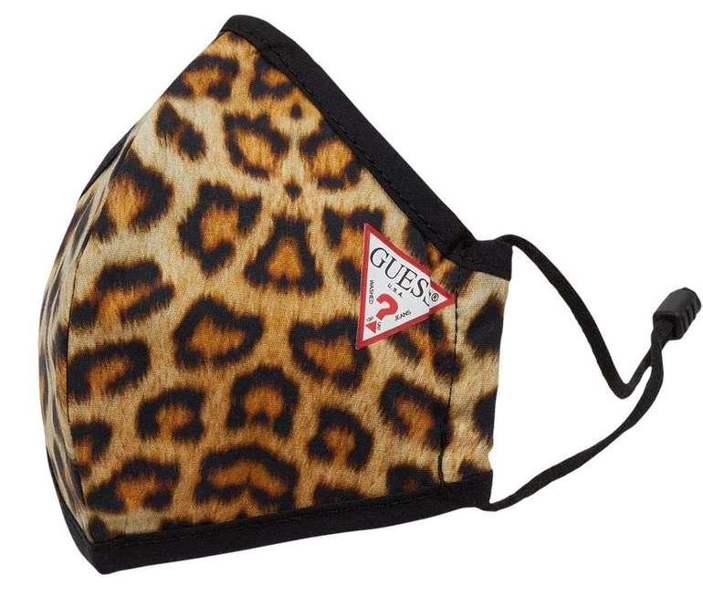 Guess Adult Mund-Nase-Maske mit elastischen Riemen (versch. Modelle) für je 8,39€ inkl. Versand (statt 12€)