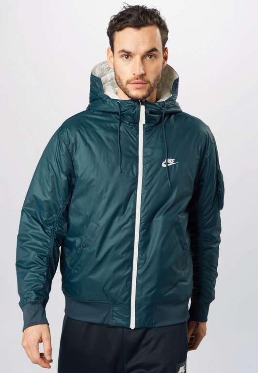 """Nike Sportswear Jacke """"Windrunner"""" in khaki / petrol / weiß für 53,94€ inkl. Versand (statt 88€)"""