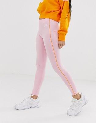 Nike Heritage Damen Leggings mit abgesetzten Bahnen für 25,99€ (statt 30€)