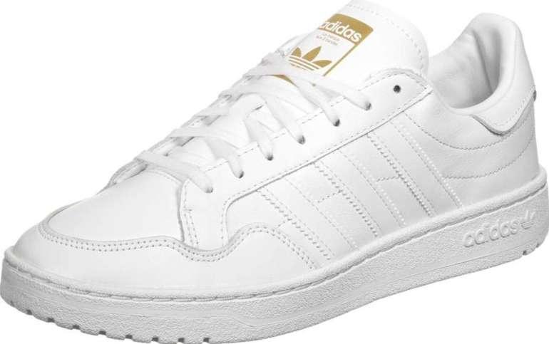 Stylefile Sale mit 10% Extra Rabatt - z.B. Adidas Team Court Unisex Sneaker für 45,81€ (statt 56€)