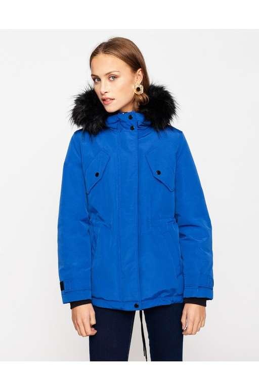 Tally Weijl Damenparka in blau für 13,99€ inkl. Versand (statt 54€)