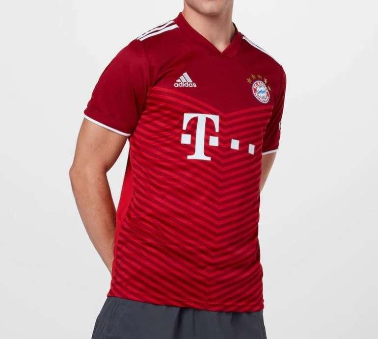 Adidas FC Bayern München Herren Heim-Trikot 2022 für 55,93€ inkl. Versand (statt 63€)