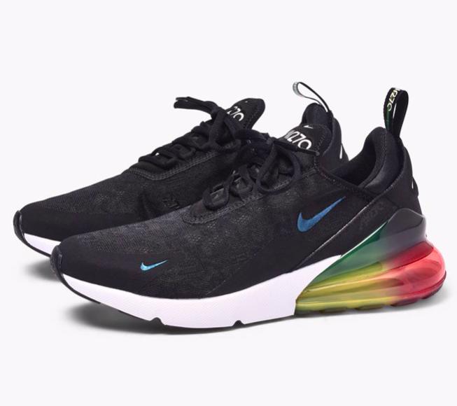 Caliroots: 30% Rabatt auf ausgewählte Produkte, z.B. Nike Air Max 270 SE ab 111€