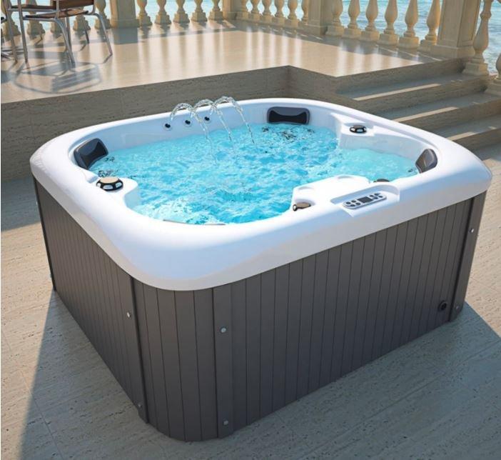 Home Deluxe Sea Star Outdoor Whirlpool für 2724€ inkl. Versand (statt 3190€)