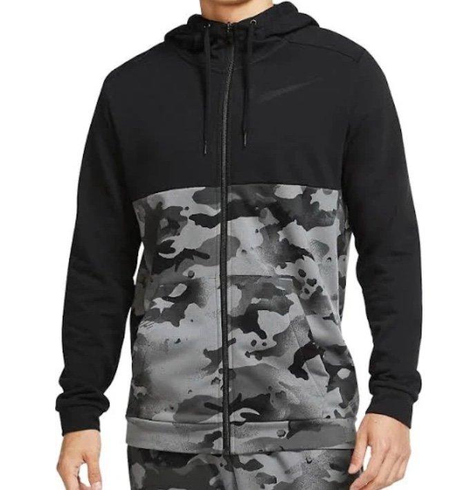 Nike Kapuzenjacke Camo Training Hoody (versch. Farben) für je 39,95€ inkl. Versand (statt 45€)