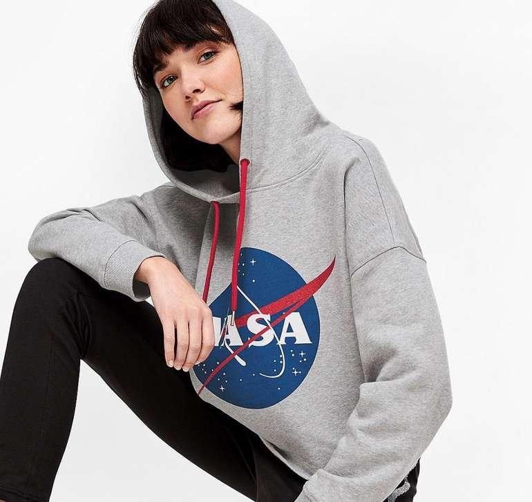 s.Oliver Sale mit bis zu 50% Rabatt + 20% Extra Rabatt - z.B. NASA Hoodie für 32,98€ (statt 50€)
