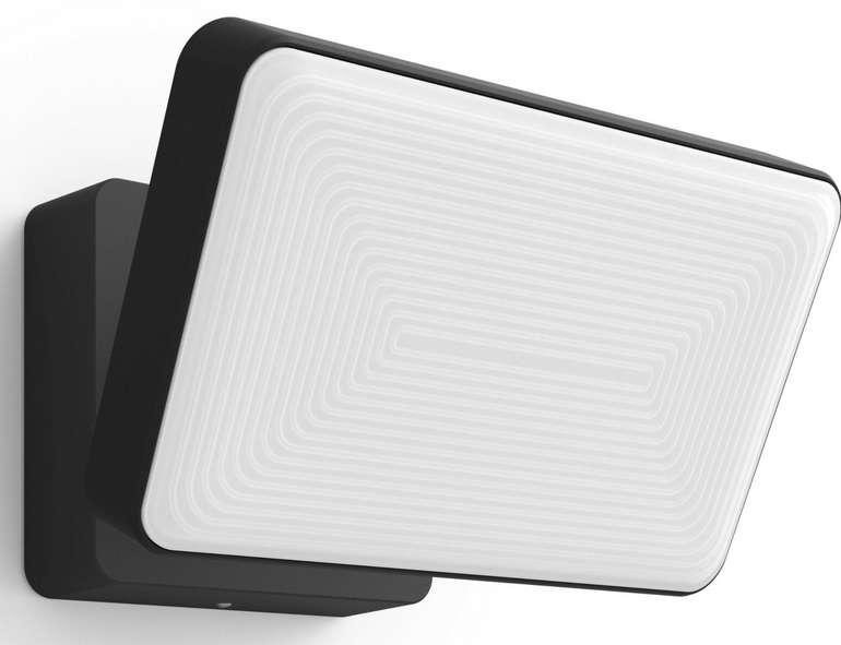Philips Hue White Welcome Flutlicht für 97,32€ inkl. Versand (statt 117€)